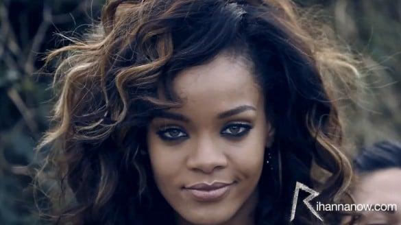 Rihanna-We-Found-Love-Ireland-18-585×328