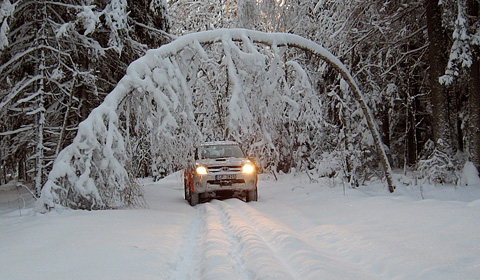 Off-road-driving-in-winter