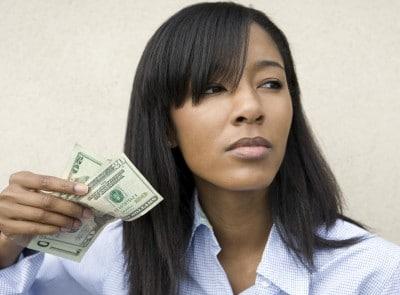 woman-money_400x295_93