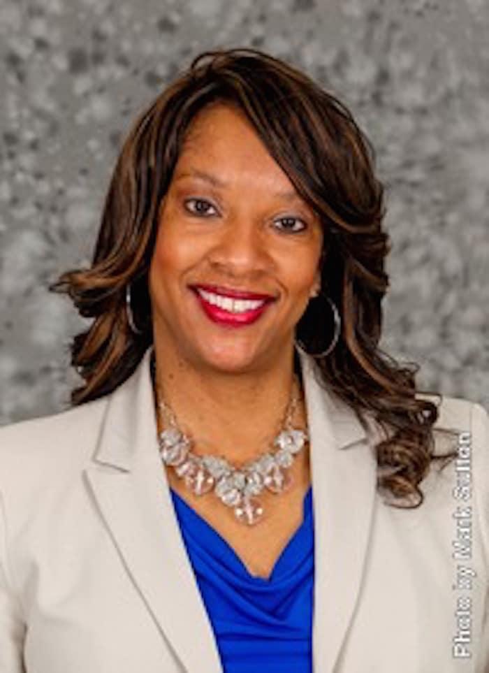 Paula Jackson headshot-30534