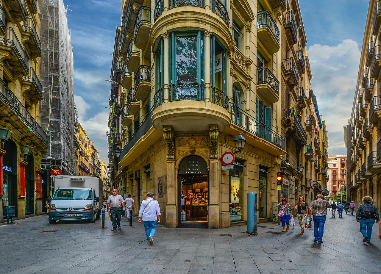 barcelona-1923686_1280