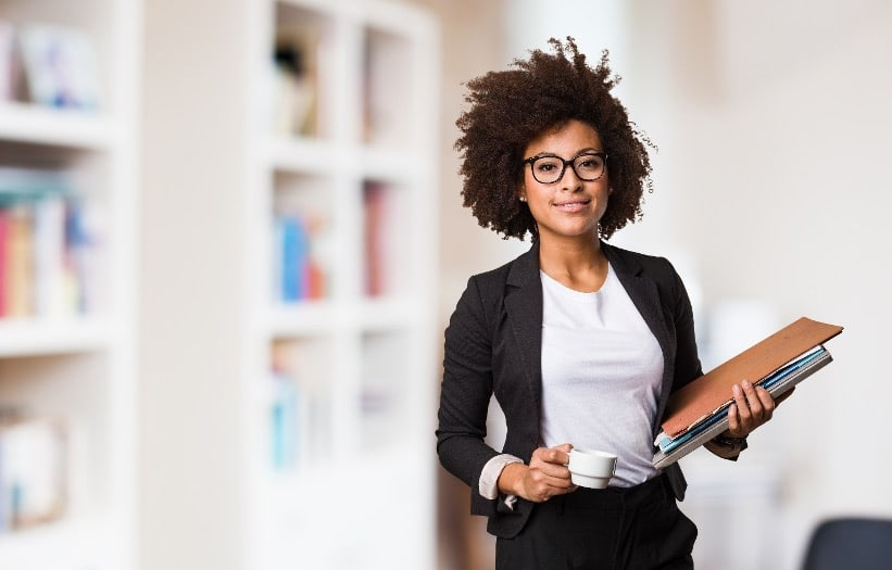 black-business-woman-at-work