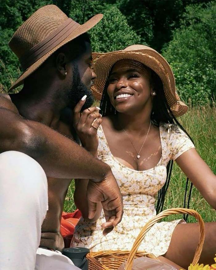 black-couple-picnic-date