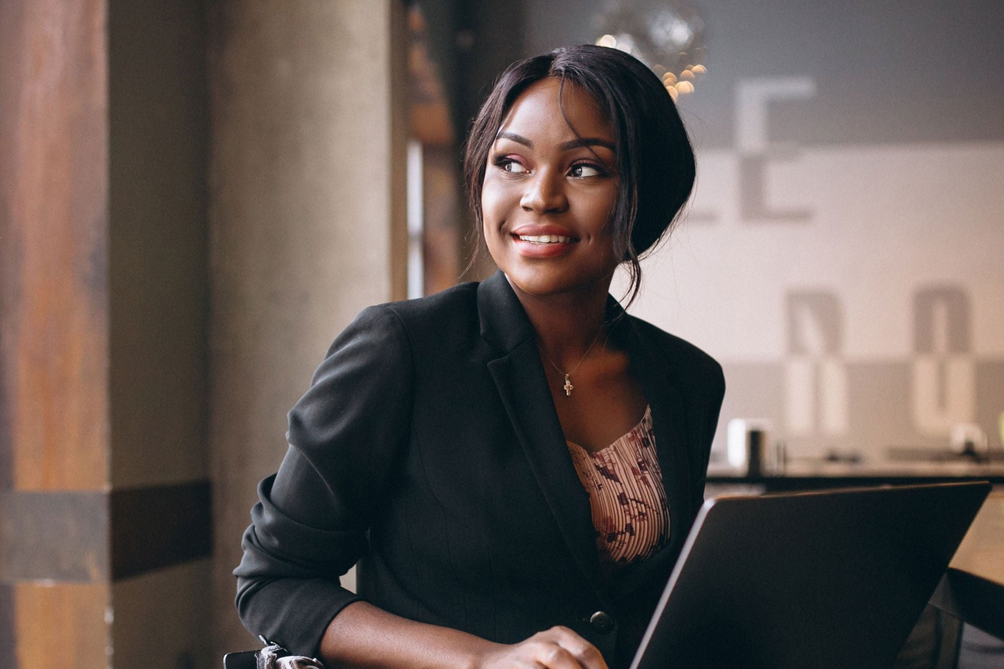 black-woman-business-pitch