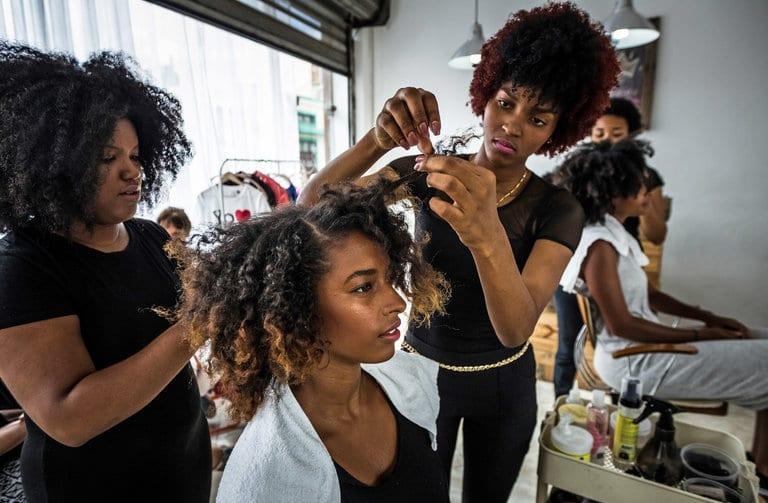hair-stylist-salon
