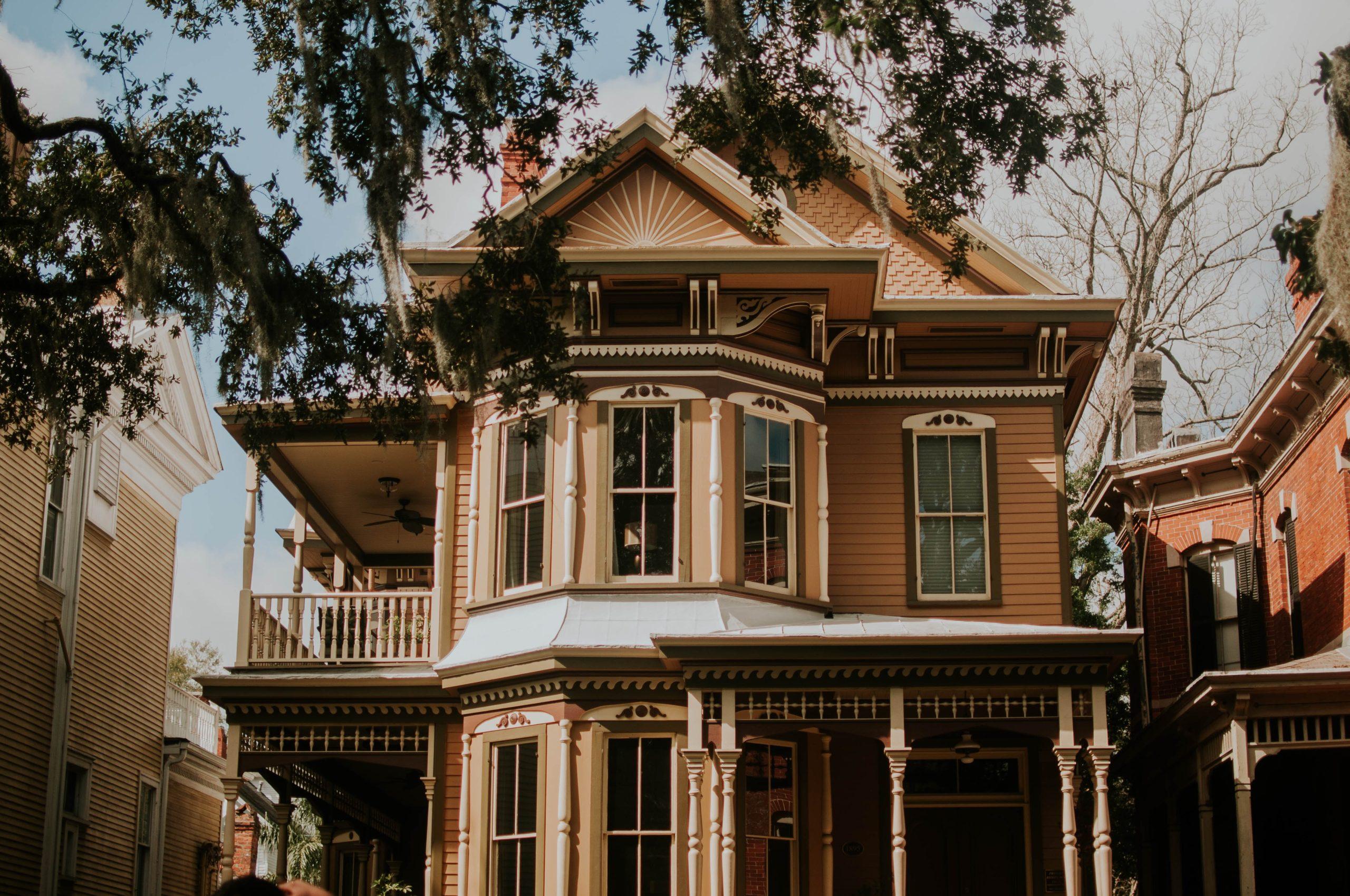 old victorian home in savannah georgia