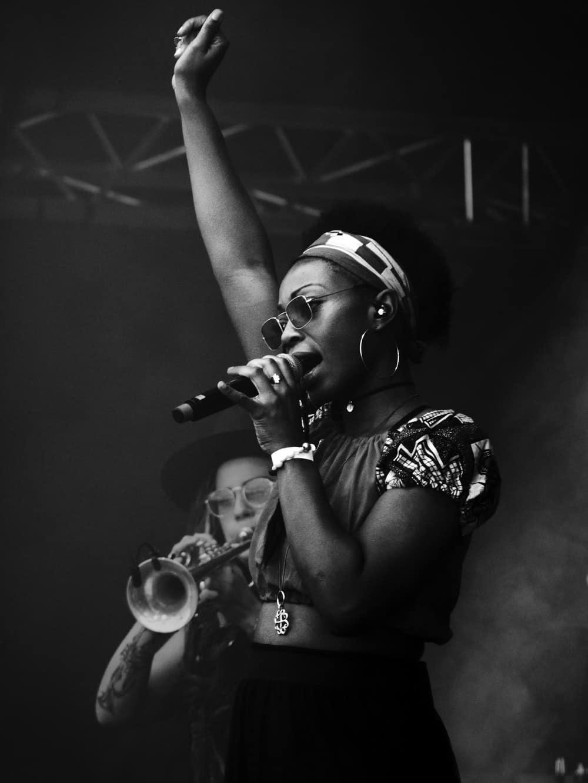black-woman-singing-music